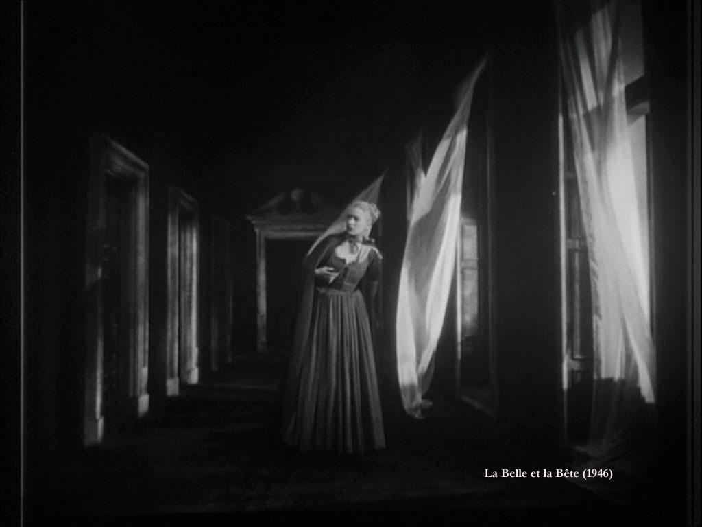 La Belle et la Bête (no 25)   Wonders in the Dark