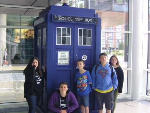 (left to right) Melanie, Danny, Jeremy, Sammy and Jillian in front of TARDIS replica, MediaCity, Salford