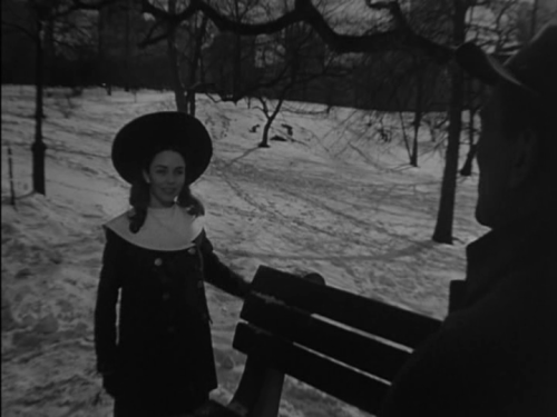 How Eben first meets Jennie (Jennifer Jones), as a little girl playing in the snow.