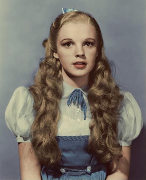 Photo-6-DorothyWardrobe (1)