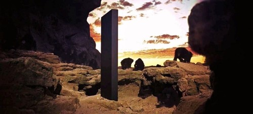 8_monolith