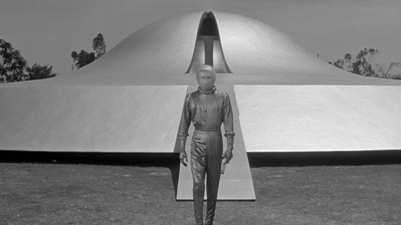 18 The Day The Earth Stood Still 1951 Wonders In The Dark