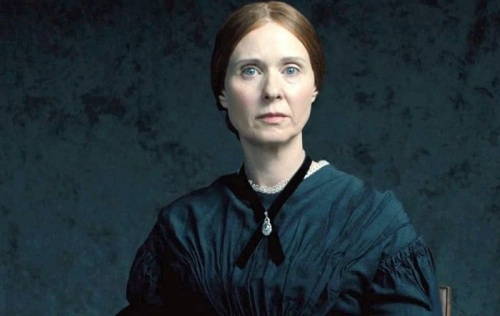 01_QuietPassion_Trailer2